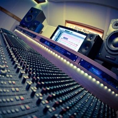 استودیو صدا و تصویر